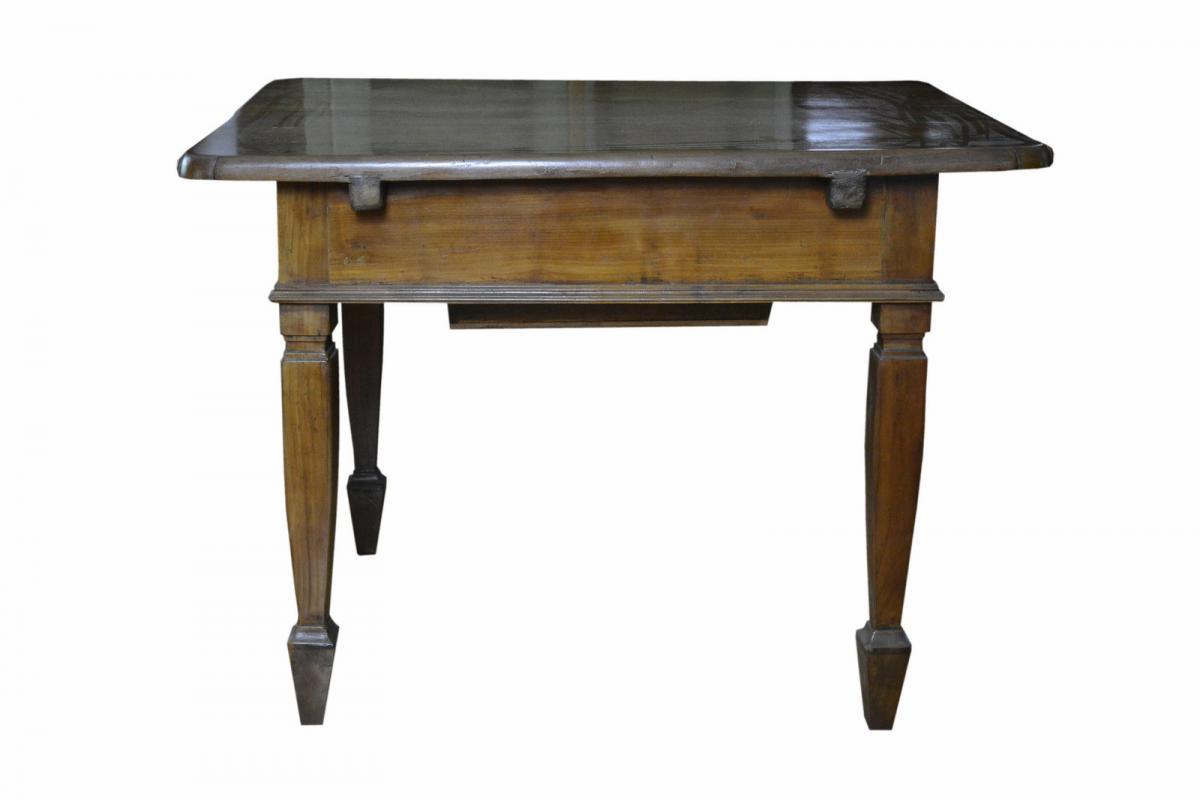 tavolo-in-ciliegio-fino-800-1,2840.jpg?WebbinsCacheCounter=1