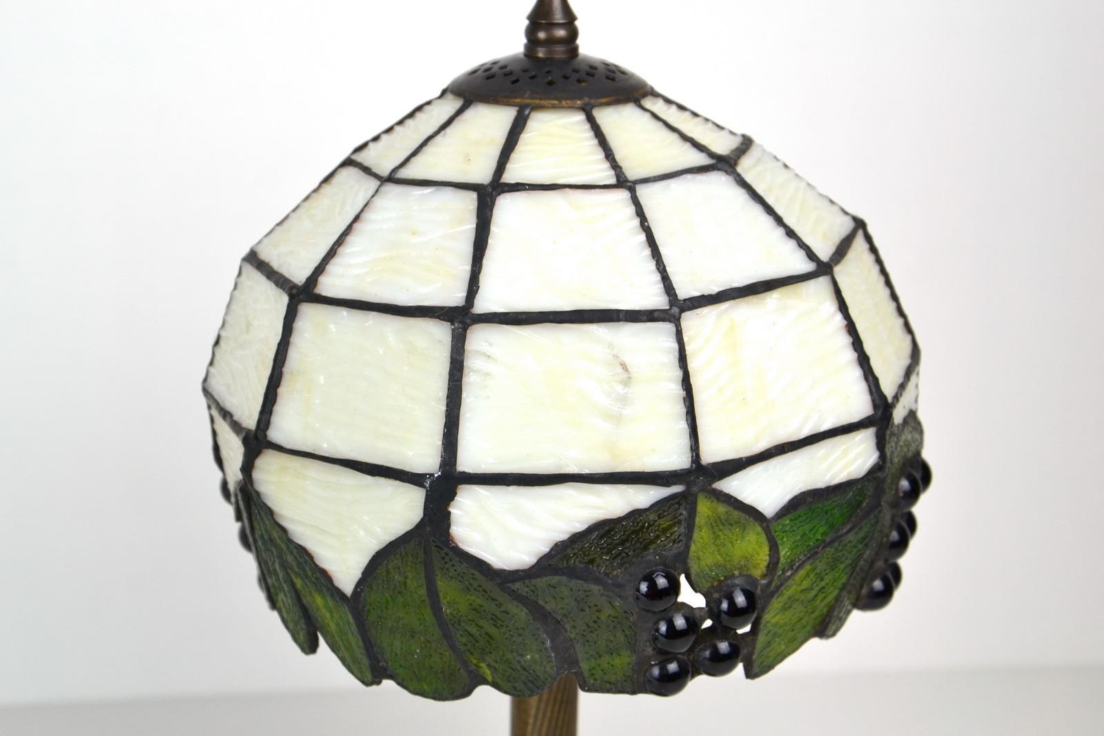 coppia-lampade-tiffany-comodino-09,1566.jpg?WebbinsCacheCounter=1