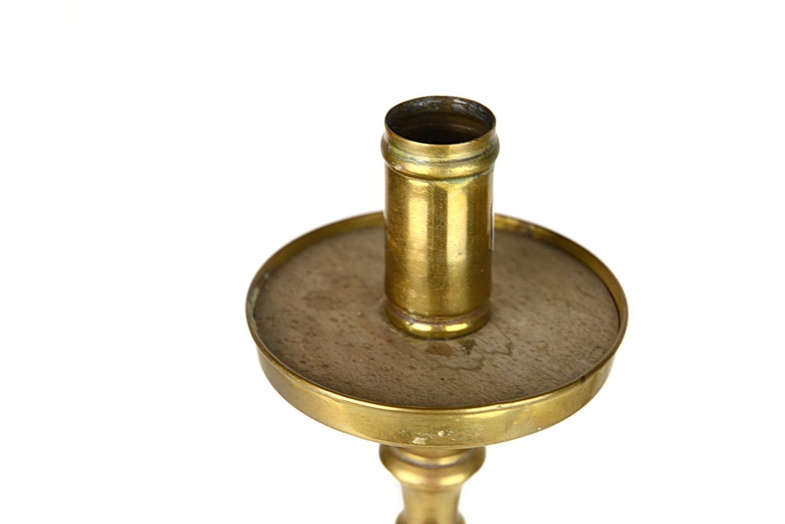 antichi-candelabri-in-ottone-dorato-3,2980.jpg?WebbinsCacheCounter=1