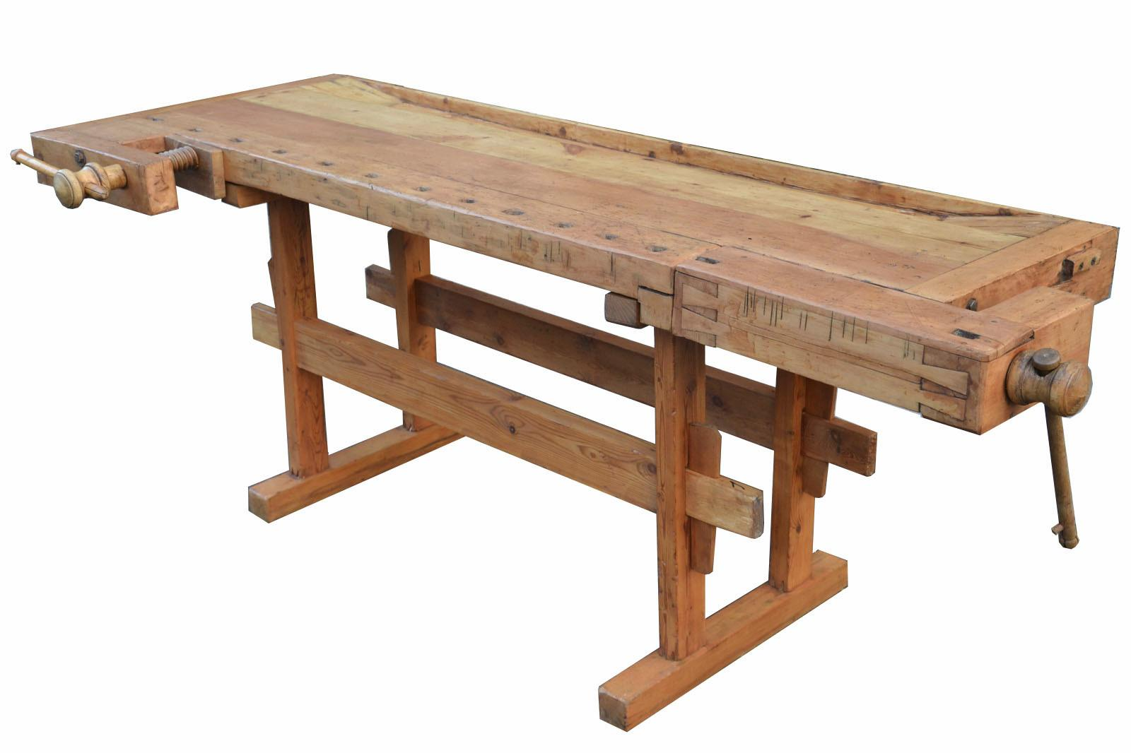 vecchio-tavolo-da-falegname-in-legno-6,3101.jpg?WebbinsCacheCounter=1