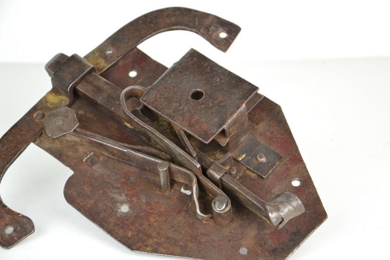 antica_serratura_in_ferro_6,1807.jpg?WebbinsCacheCounter=1