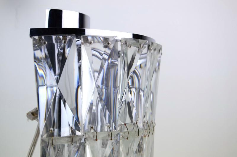 applique-prismi-cristallo-acciaio-cromato-2,997.jpg?WebbinsCacheCounter=1