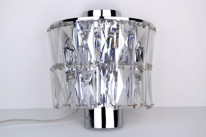 applique-prismi-cristallo-acciaio-cromato-4,999.jpg?WebbinsCacheCounter=1-antiquastyle
