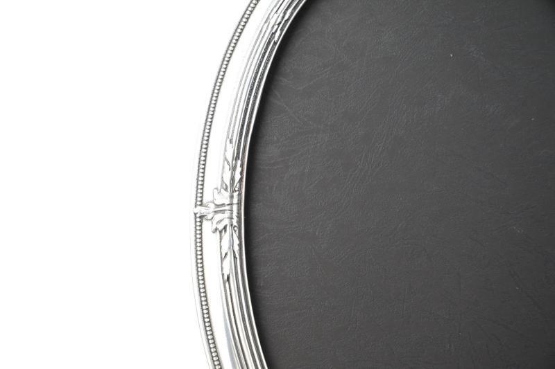 cornice-portafoto-ovale-ottone-massiccio-argentato-retro-in-plastica-5,2656.jpg?WebbinsCacheCounter=1-antiquastyle