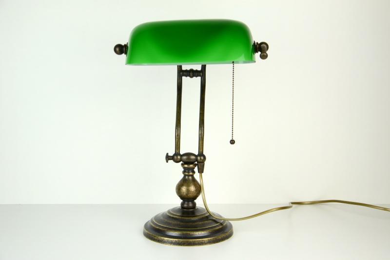 lampada-ministeriale-ottone-anticato-accensione-catenella-5,1025.jpg?WebbinsCacheCounter=1-antiquastyle