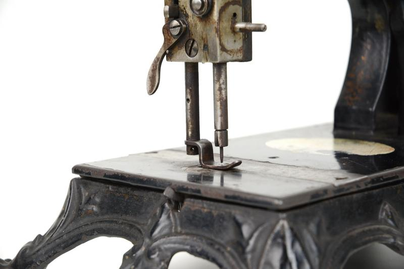 macchina-da-cucire-knoch-3,2262.jpg?WebbinsCacheCounter=1