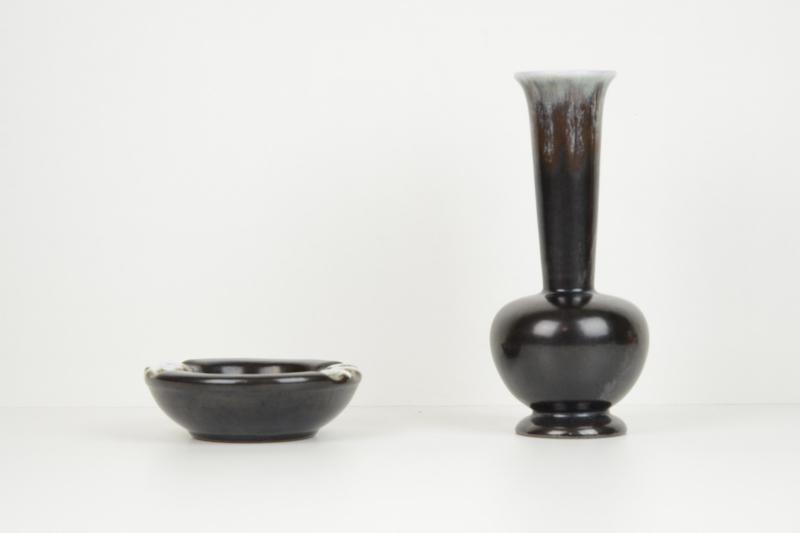 posacenre-e-vaso-di-ceramica-5,2125.jpg?WebbinsCacheCounter=1-antiquastyle