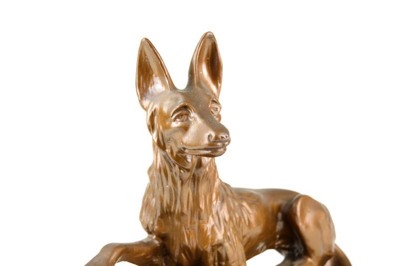 statua-con-cane-lupo-in-gesso-dipinto-1,2392.jpg?WebbinsCacheCounter=1-antiquastyle
