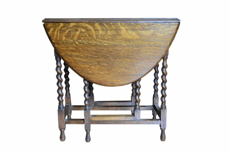 tavolo-a-bandelle-in-rovere-inglese-2,3032.jpg?WebbinsCacheCounter=1-antiquastyle
