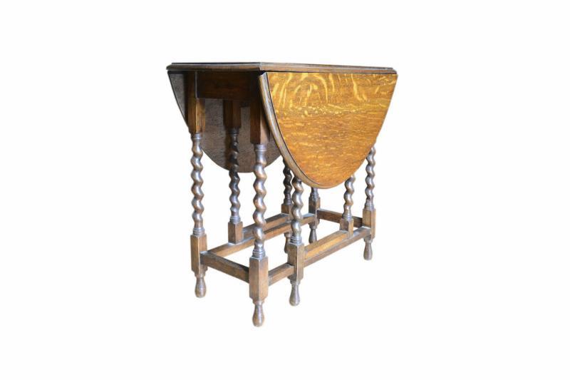 tavolo-a-bandelle-in-rovere-inglese-6,3031.jpg?WebbinsCacheCounter=1