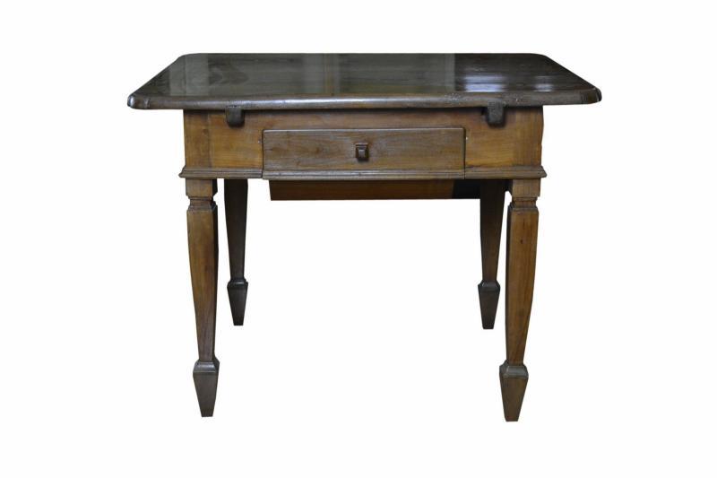 tavolo-in-ciliegio-fino-800-5,2838.jpg?WebbinsCacheCounter=1