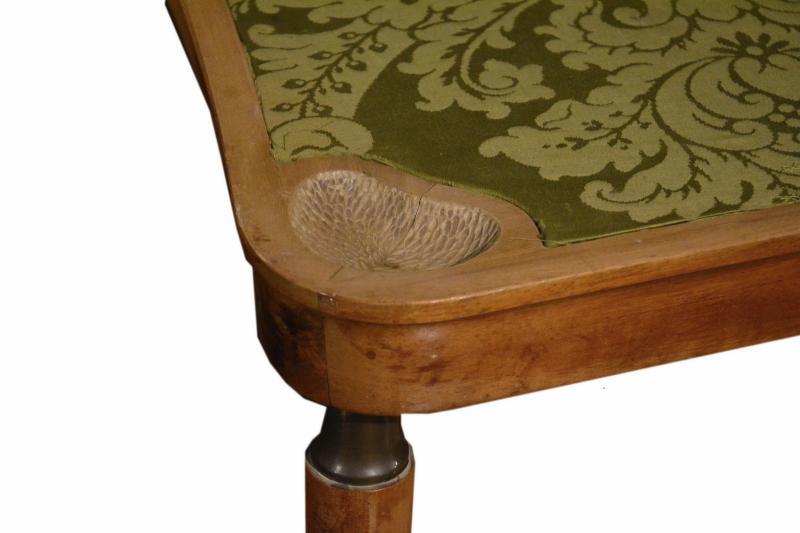 tavolo-inglese-anni-20-scrittorio-e-gioco-poker-3,2959.jpg?WebbinsCacheCounter=1-antiquastyle